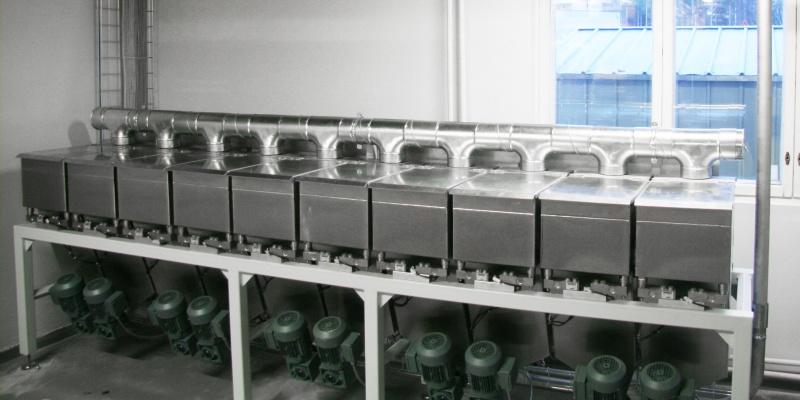 Powdermatic™ 100-A in medium-size bakery. Leipomo Henriksson Oy Ab