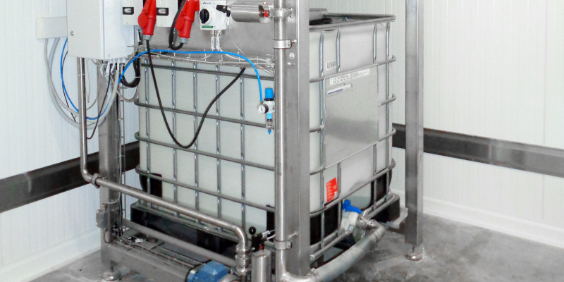 Dosing of liquid yeast from cold room